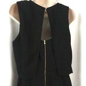 Banana Republic Dresses - Banana Republic Flounce Cut Out Fit & Flare Dress